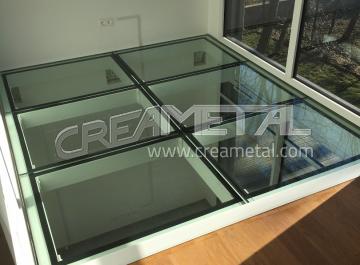 etude et fabrication escalier mezzanine en acier creametal. Black Bedroom Furniture Sets. Home Design Ideas