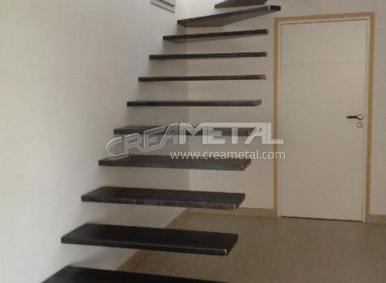 etude et fabrication escalier suspendu 1 4 tournant balanc en acier design et moderne. Black Bedroom Furniture Sets. Home Design Ideas