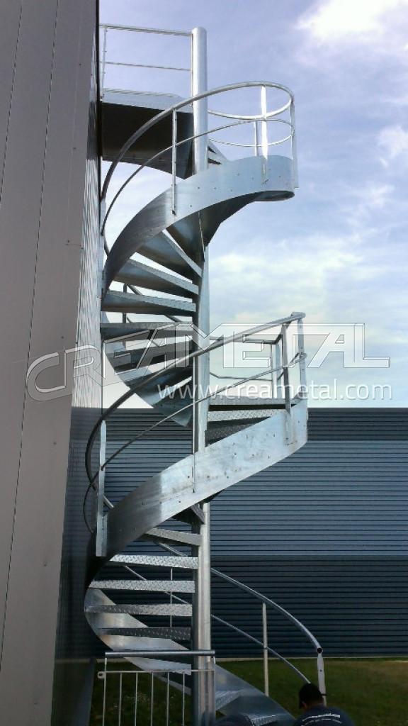 Escalier ext rieur h licoidal en acier galvanis civrieux for Escalier helicoidal exterieur
