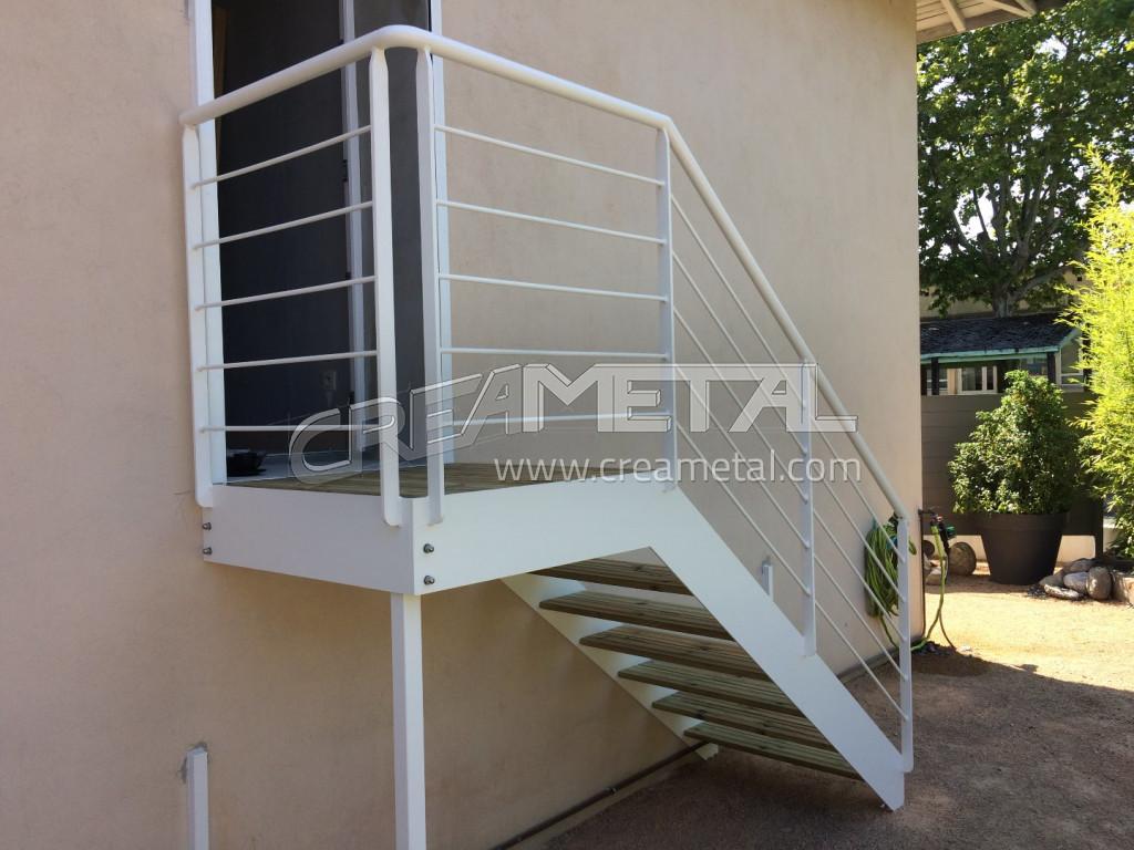 Etude Et Fabrication Escalier Exterieur Metallique A Villefranche