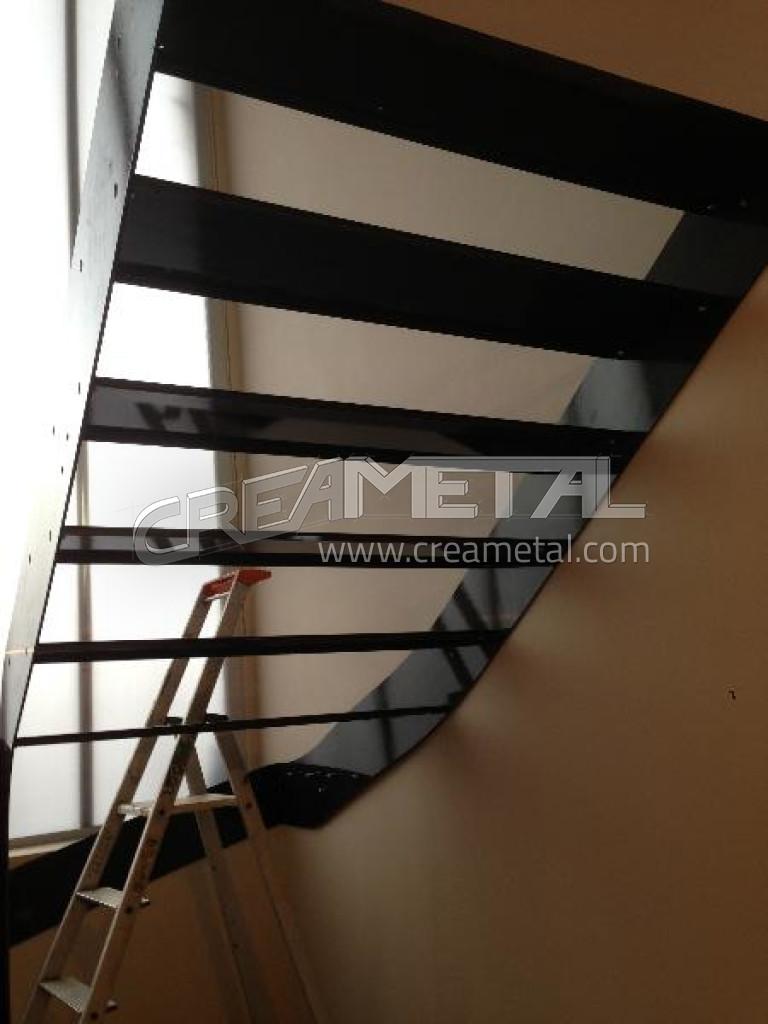 etude et fabrication escalier 2 4 tournant balanc sur mesure install villefranche 69400. Black Bedroom Furniture Sets. Home Design Ideas