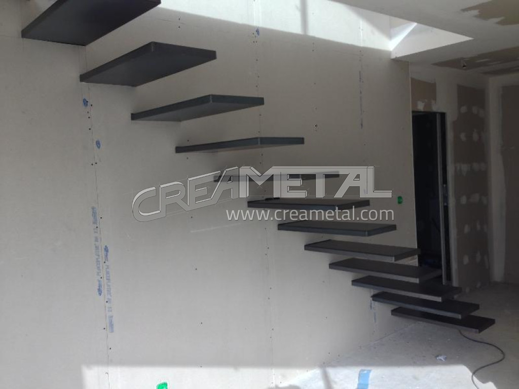 etude et fabrication escalier avec marche suspendu creametal. Black Bedroom Furniture Sets. Home Design Ideas