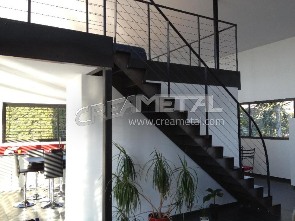 escalier design metal gallery of bois verre mtal nous fabriquons des escaliers et classiques. Black Bedroom Furniture Sets. Home Design Ideas