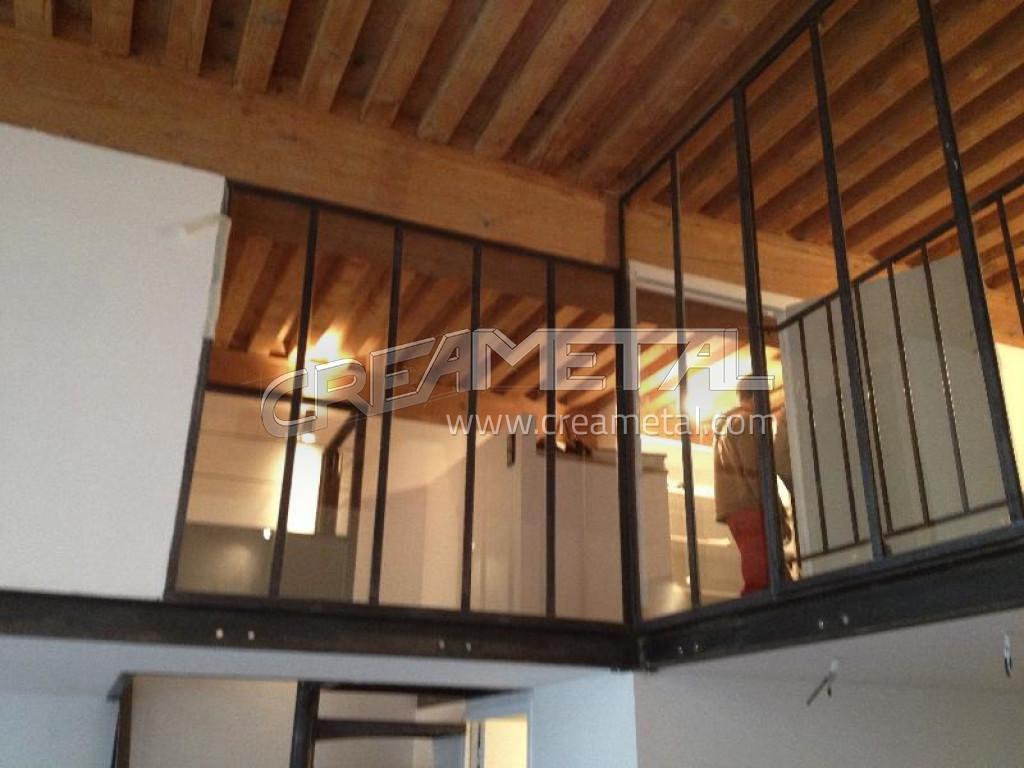 Fabricant Cr Ation D 39 Une Mezzanine En Acier Brut Avec Escalier Cage Carr E Et Verri Re