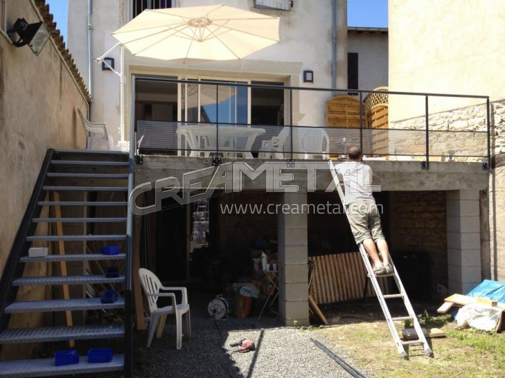Fabricant escalier en acier galvanis et garde corps en for Escalier exterieur acier galvanise prix