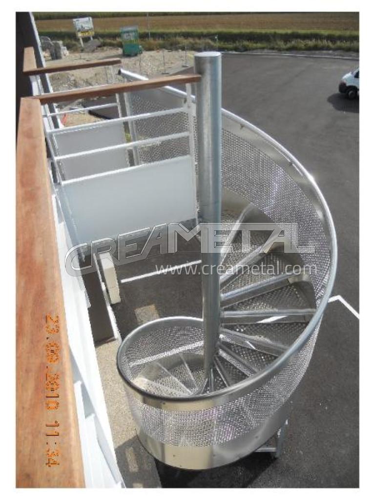 etude et fabrication escalier ext rieur helicoidal en aluminium creametal. Black Bedroom Furniture Sets. Home Design Ideas
