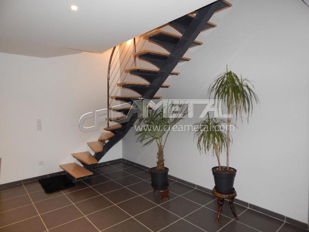 Etude et fabrication escalier limon central d billard - Escalier debillarde ...