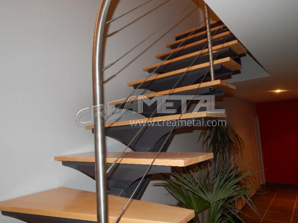 Fabricant escalier en acier laqu limon central d billard avec marche en boi - Escalier avec limon central en bois ...