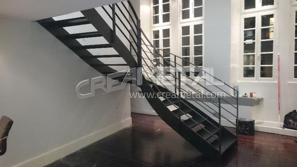 Fabricant Etude, fabrication et installation dun escalier 14