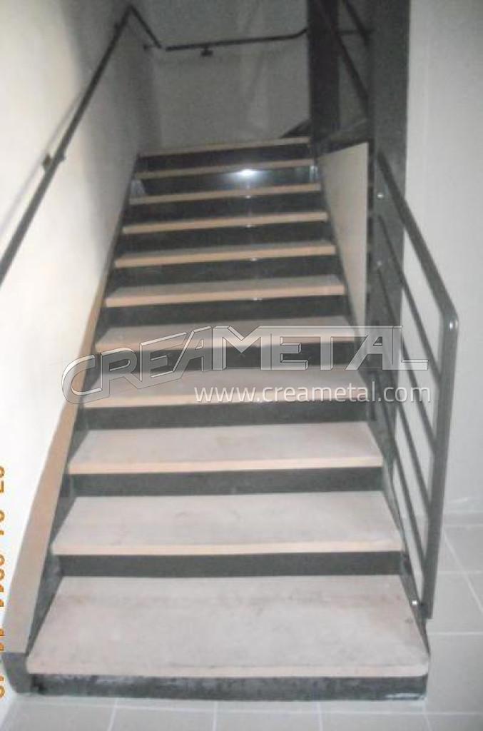 Etude et fabrication escalier helicoidal et deux quarts tournants en acier po - Escalier helicoidal acier ...