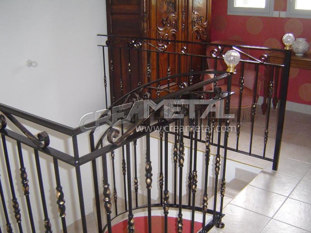 fabricant garde corps d 39 escalier en acier laqu avec accessoires boule de verre lyon garde. Black Bedroom Furniture Sets. Home Design Ideas