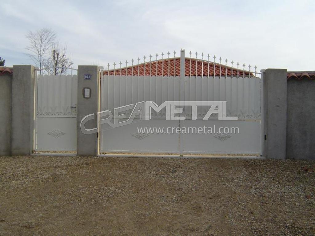 Etude et fabrication portail coulissant portail for Portail coulissant