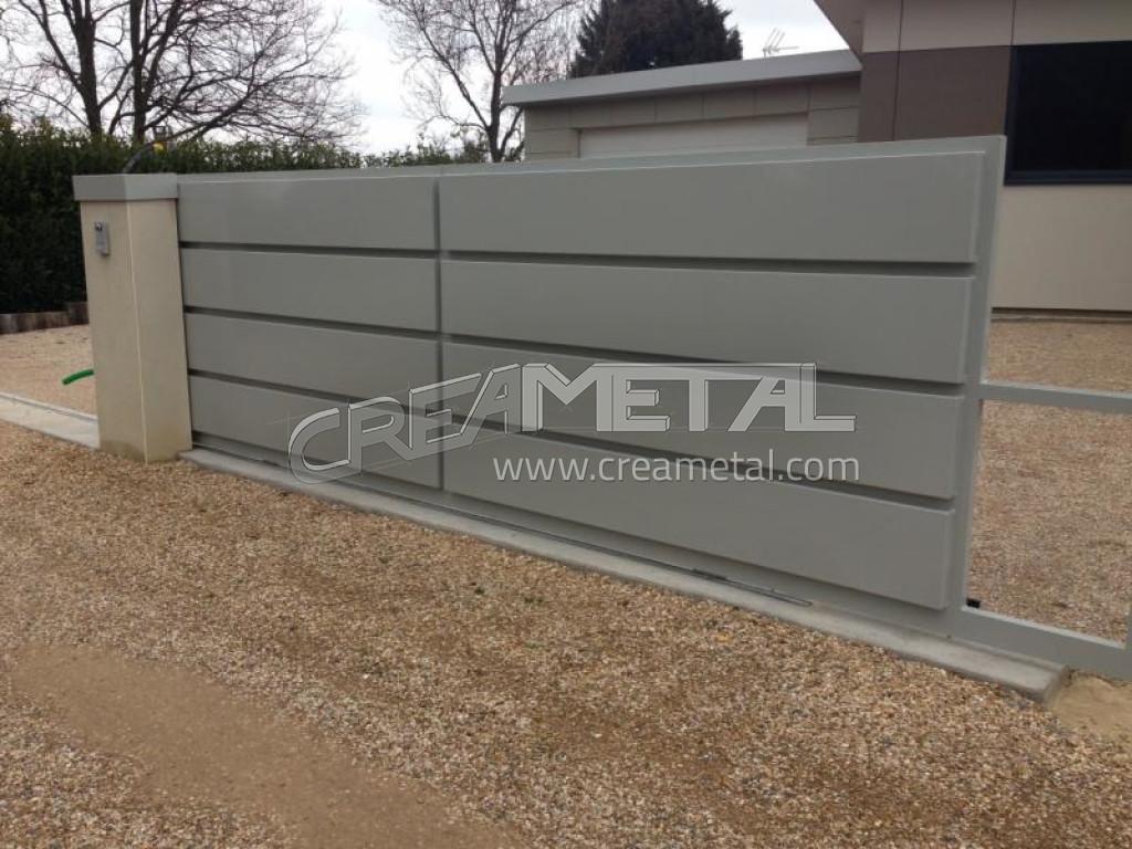 fabricant portail motoris en aluminium fabriqu et install dans l 39 ain lyon portail en aluminium. Black Bedroom Furniture Sets. Home Design Ideas